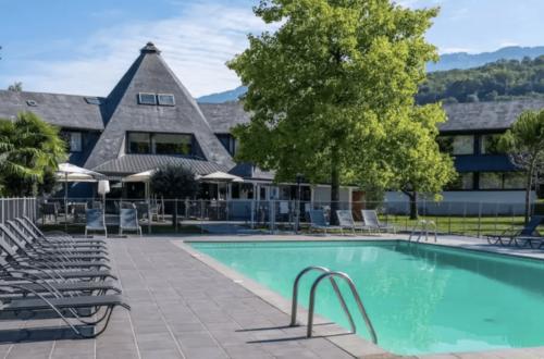 Article : Partenaire de Vertical Aventure au Lac du Bourget : QUALITY HOTEL LE CERVOLAN***