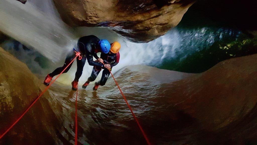 Chaussure Adidas Terrex hydro au canyon de l'infernet en chartreuse